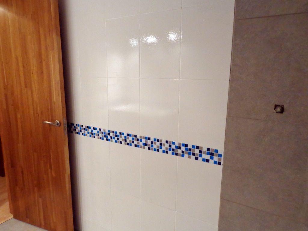 Cambio de plato de ducha por otro plato de ducha - Cenefas adhesivas para cocina ...