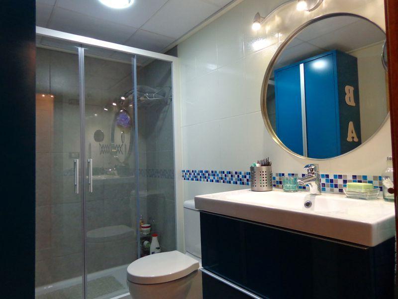 Cambio de plato de ducha por otro plato de ducha for Accesorios bano turquesa
