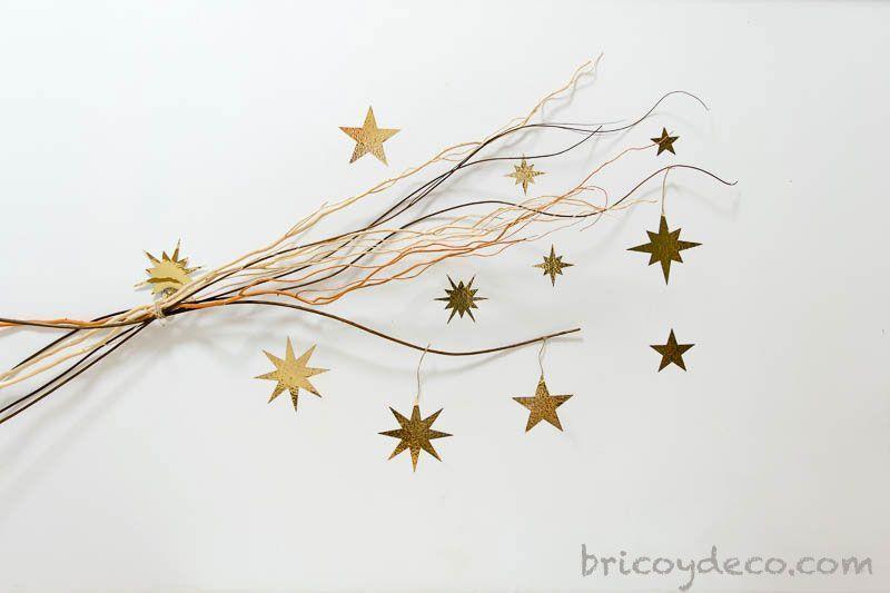 Decorar con estrellas de vinilo y ramas - Decorar estrella navidad ...